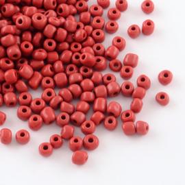 Zakje mooie rocailles 20 gram Seed Beads 6/0  4mm gat: 1,5mm Crimson