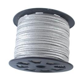 Faux suède veter,  zilver 1 meter x 3mm met lichte glans