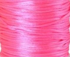 2 meter satijnkoord  van ca. 2 mm fel roze