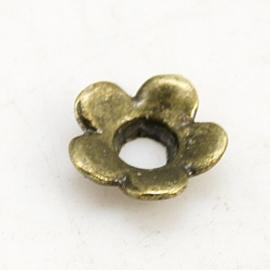 10 stuks tibetaans zilveren kralenkapjes 6,5 x 6,5 x 2 mm gat 2mm geel koper kleur