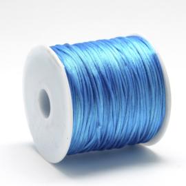 2 meter satijnkoord  van ca. 1 mm dik,  dodger blue