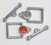 Per stuk Luxe Platinum kleur kapittel-slotje vierkant 24 mm