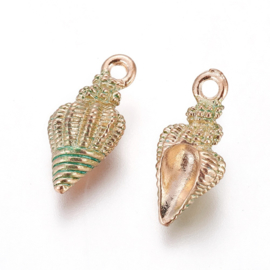 2 x Metalen conische bedels shell light gold  green ca. 19,5 x 9 x 7~9mm oogje 1,4mm