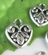 10x Tibetaans Zilveren hartje12mm x 12mm x 3mm