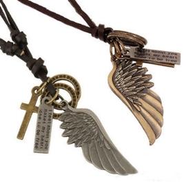 Vleugel bedels en kralen