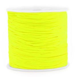 Rol met 90 meter Macramé draad 0.8mm Neon yellow (kies voor pakketpost)