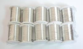Rol met 10 meter Zilverkleurig metaaldraad 0,3mm (pakketpost)
