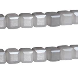 10 stuks glaskralen Kubus Facet geslepen Top kwaliteit! 6mm gat: 1mm Antraciet opal grijs