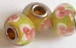 Per stuk Glaskraal European-style geel met roze versiering 14 mm