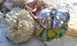 Per stuk metalen hanger masker/pierrot/hoofden geel/groen epoxy met strass 24 mm