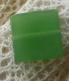 Melkglas kraal vierkant 18 x 5,5mm groen