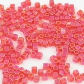 10 gram Kubus 1,8 mm Miyuki Red Transparant Rainbow