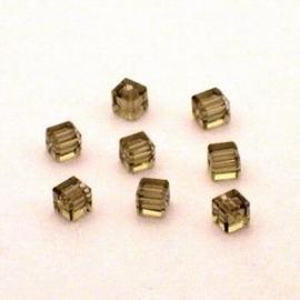 6x Preciosa Handgeslepen kristal kraal 4mm licht bruin