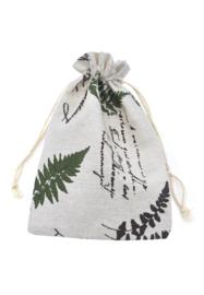 Stoffen cadeauzakje met blaadjes c.a. 14 x 10 cm lees omschrijving