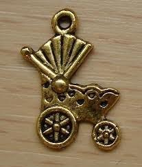 4 x Tibetaans zilveren bedel van een kinderwagen 19 x 14mm goud kleur