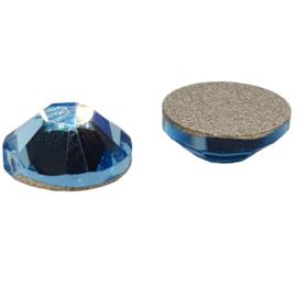4 x licht blauwe swarovski flatback 7 mm
