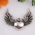 Tibetaans zilveren hanger hart met vleugels 28,5 x 36,5 x 5mm Gat 2,5mm