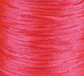 1 meter satijnkoord  van ca. 2 mm dik, neon pink roze
