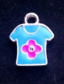 Per stuk Metalen bedel 't-shirt blauw met ruimte voor 1 mm simil 20 mm