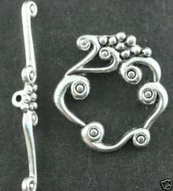 4 x prachtige sluiting van Tibetaans Zilver 26 x 24 x 41mm