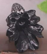 1 x Prachtige bloemkelk van Resin met strass 25 x 35mm  gat 1mm zwart