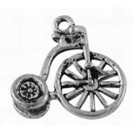 10x Tibetaans zilveren bedel van een oude fiets 18 x 17mm