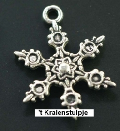 4 x Tibetaans zilveren bedel van een sneeuwvlok 23 x 17mm