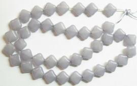 10 stuks prachtige vierkante kralen van melkglas 10 x 10 x 5mm Grijs