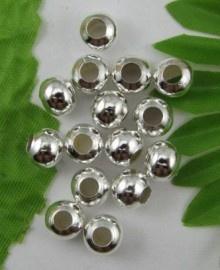 15 x kraal zilver kleur 6 x 5 mm gat: 3mm
