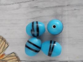 10 x prachtige lichtblauwe glaskraal met streepjes 13 x 9 mm gat: 1 mm