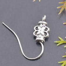 Tibetaans zilveren oorbellen haakjes met bloemetje 18mm per paar (2 stuks)