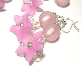 10 x Prachtige acryl bloem kelk 29 x 27 x 8mm Gat 2mm hot pink