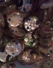 Per stuk Plaksteen glas Italian style paars/bruin zilverfolie multi rond 12 mm