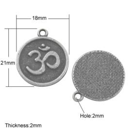 2 x tibetaans zilveren Ohm of Om bedel 21 x 18 x 2mm ॐ