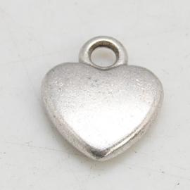 10x Tibetaans zilveren bedeltje  zilver kleur hart 12 x 10 x 2,5mm gat 2mm