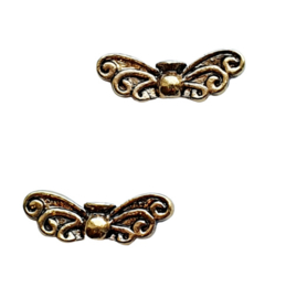 10 stuks tibetaans zilveren vlinder vleugel 6 x 22 x 4mm oogje: 1mm antiek goud