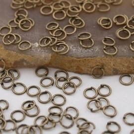 100 geel koperen ringetjes 4mm 0,7mm dik