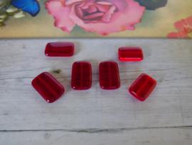 10 x  Rechthoekige Glaskraal Rood 15.5 x 10.5 x 3.5mm oogje: 1mm