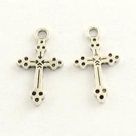 10 x Tibetaans zilveren kruisje 21 x 11 x 1,5mm oogje: 2mm