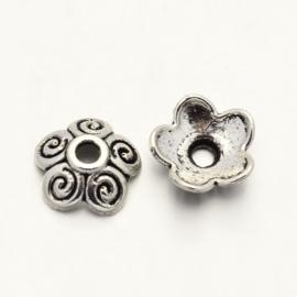 10 x Tibetaans zilveren kralenkapjes 10mm