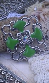 Per stuk Metalen hanger tussenzetsel epoxy bloemmotief groen 36 mm