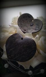 3 x houten kraal hart aan weerszijden een doorrijggaatje 30 mm