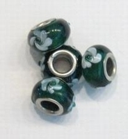 Per stuk Glaskraal European-style donker groen met witte bloem 13 mm