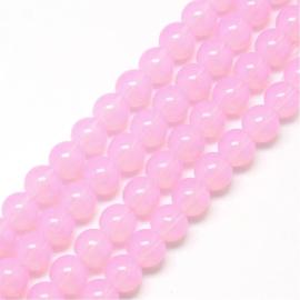 Mooie streng met c.a. 125  ronde glaskralen 6mm gat 1,3mm opalite pink