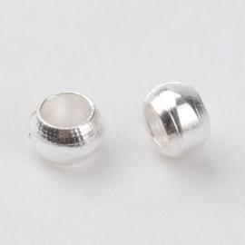 100 stuks zilveren knijpkralen c.a. 2 mm gat 1mm