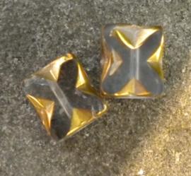 Prachtige glaskraal 8x6 mm goud met transparant