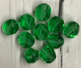 10 stuks groene glaskralen met facet 6mm gat 1mm