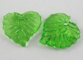 10 stuks acryl bloem bladeren 16 x 15 x 2mm gat: 1,2mm groen transparant