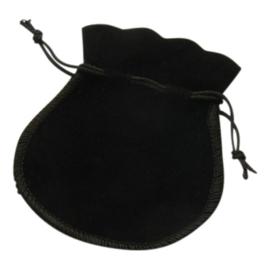 1 x Luxe zwart zakje velours met koordje 9 x 7cm