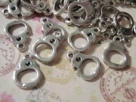 4 x Tibetaans zilveren handboeien10 x 14 2mm gat 1,5mm